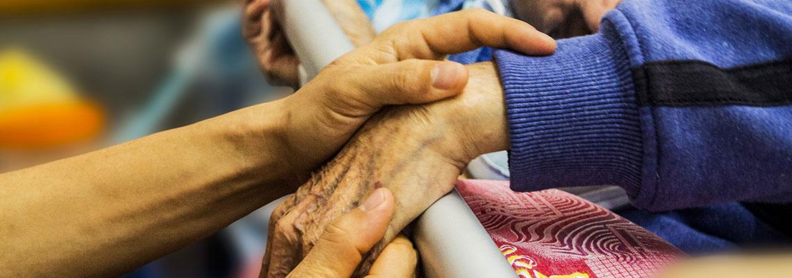 Liebevolle Kranken- & Altenpflege